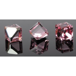P2634-SWAROVSKI ELEMENTS 4841 Light Rose Comet Arg. Unfoil 4mm