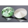 0182-SWAROVSKI ELEMENTS 1122 Peridot Foiled SS29-6.5mm