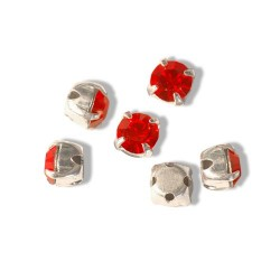 2368-Swarovski Elements Chaton Montee53200 PP31 3.5mm Light Siam