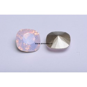 P2482-SWAROVSKI ELEMENTS 4470 Rose Water Opal Foiled 12mm